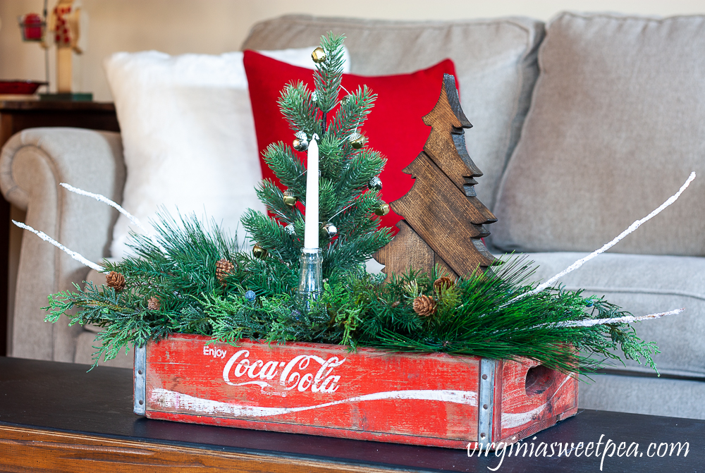 Christmas coffee table centerpiece using a vintage Coca-Cola crate