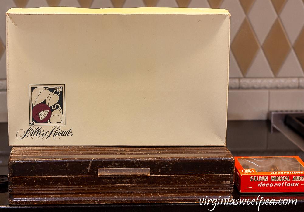 Miller & Rhoads Box