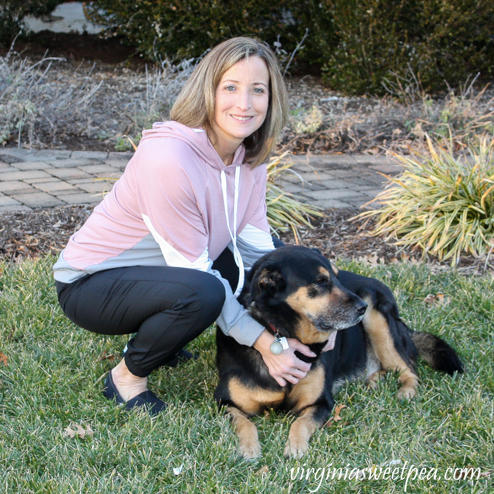 Stitch Fix Kaileigh Olivia Chevron color Block Hooded Knit Top and Threads 4 Thought Kiara Eco Tech Performance Jogger
