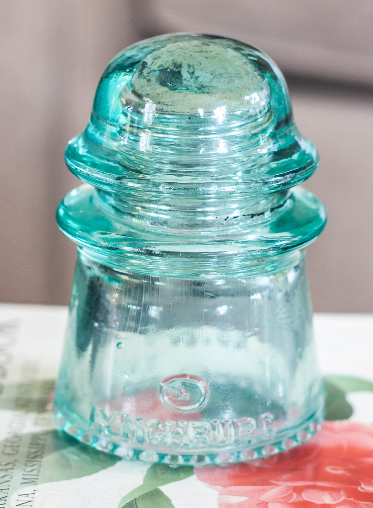 Lynchburg, VA glass insulator manufactured by Lynchburg Glass Cooperation between 1923 and 1925