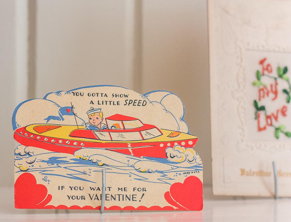 Vintage speed boat Valentine's Day card