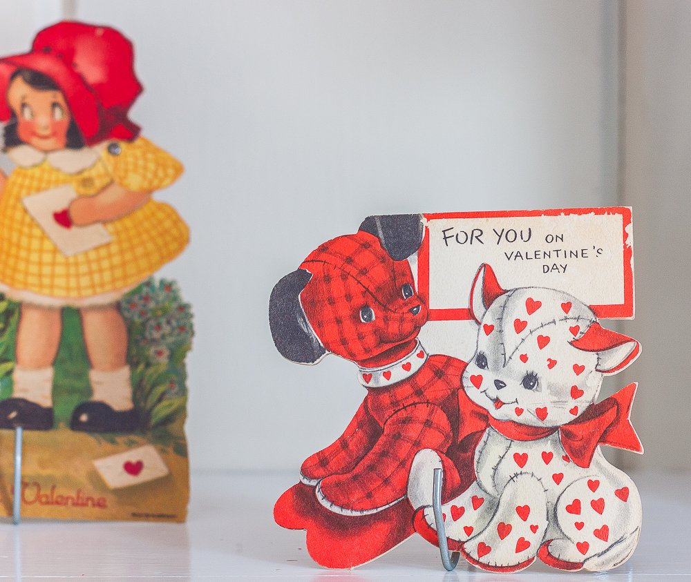 Red and white puppy and cat 1930s vintage valentine's day card with