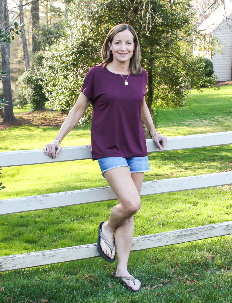 Stitch Fix Review - Corinne Performance Cross Back Tee with Just Black High Rise Fray Hem Short