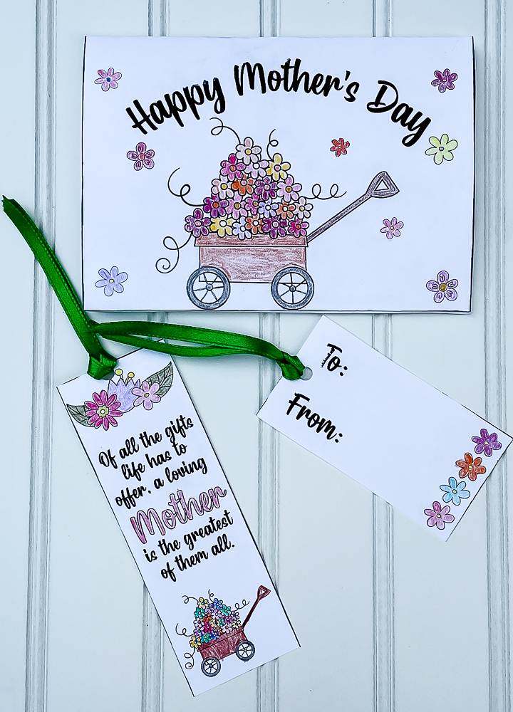 Colored free printable Mother's Day card, bookmark, gift tag