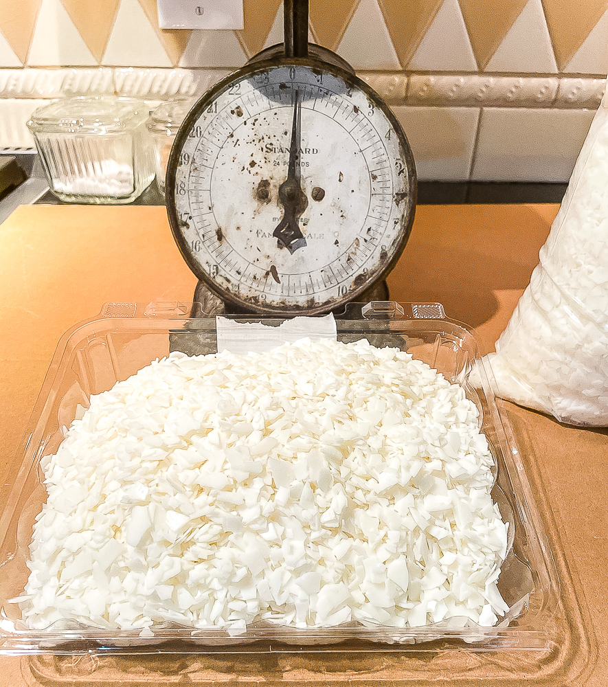 One pound of soy wax