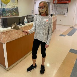 Ringing the bell after the last radiation treatment