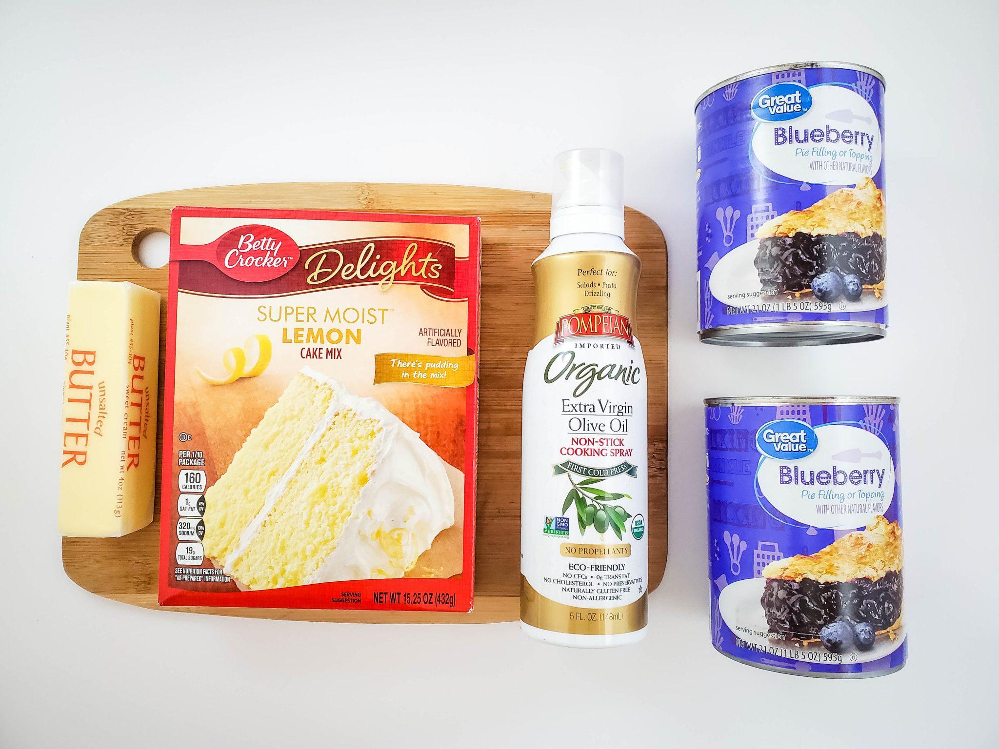 Ingredients to Make Crockpot Lemon Blueberry Dump Cake