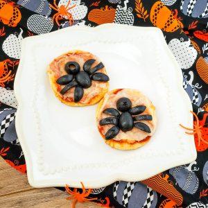 Easy Halloween Spider Mini Pizza Bites